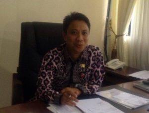 Kepala Biro SDA Setdaprov Sulut Dr Fanky Manumpi