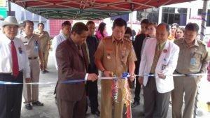 Walikota GSVL meresmikan Unit Hemodialisis (Alat Cuci Darah) di Rumah Sakit (RS) Advent. (foto: Ist)