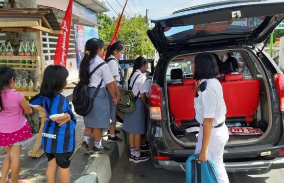 "Joune Ganda Buktikan Kepeduliannya Melalui ""Program JG Peduli Warga Minut"