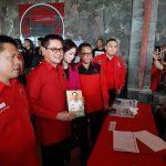 Joune Ganda Penuhi  Undangan Pendaftaran Bakal Calon Bupati Minut  Partai Berlambang Banteng